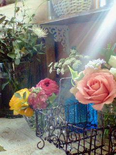 小さくお花を飾る