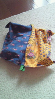 ソレイアードの布でポーチ作り