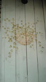 外壁にステンシル