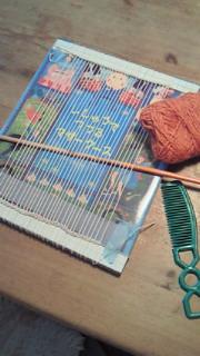 絵本を使って簡単に織物